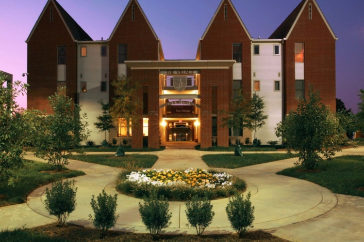 Lipscomb Residential Village Nite
